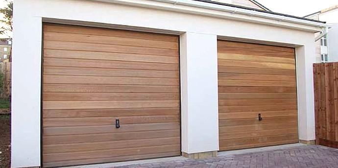 ... Timber Wooden Garage Doors ...